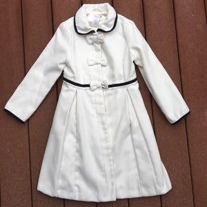 Girls Gymboree white coat size 7/8